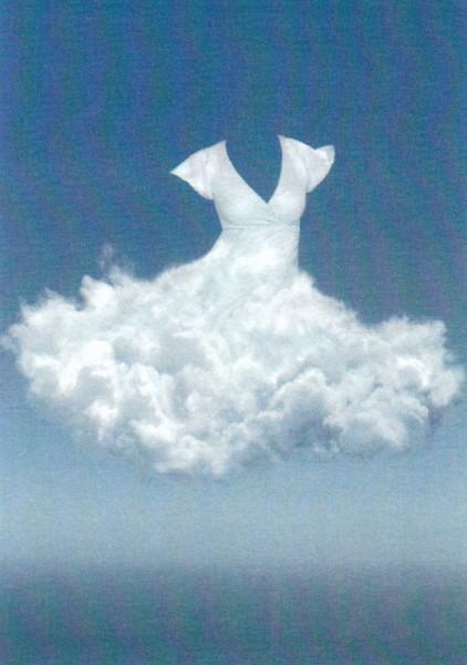 Wolke in Kleidform