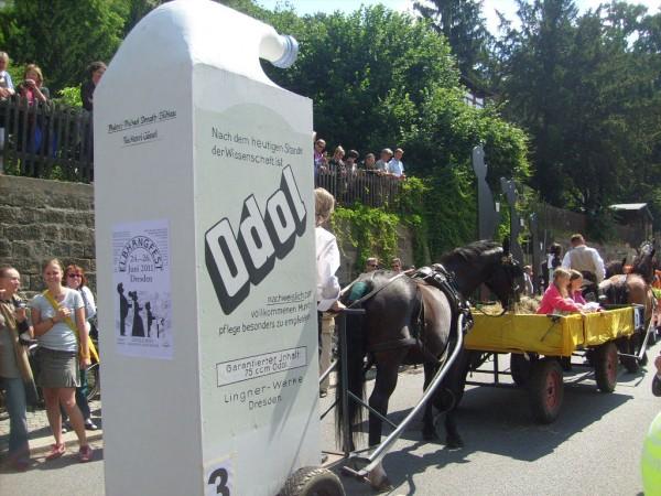 Odol-Flasche auf dem Dresdner Elbhangfest 2011